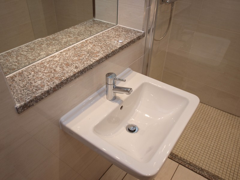 Wetrooms installation in edinburgh fraser bathrooms for Bathroom design jobs london